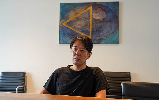 COZUCHI(コズチ)代表の武藤弥氏にインタビュー中
